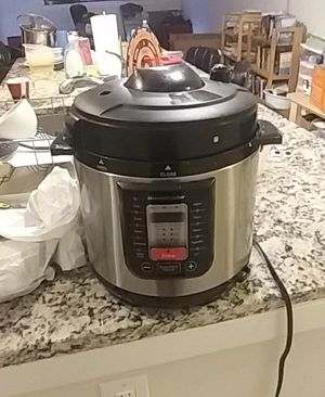 Instant pot for Sale in Silver Spring, MD
