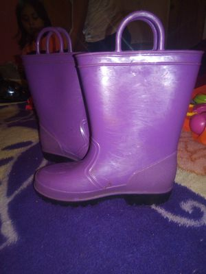 Rain boots for Sale in Gibsonton, FL