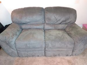 Recliner couch for Sale in Beaverton, OR