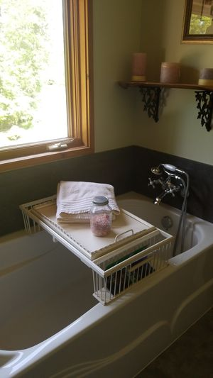 🛀Bath/Bed Reading/Serving Tray🛀 for Sale in Bellingham, WA