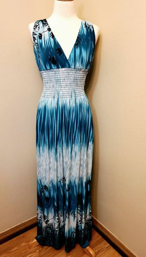 Gorgeous Maxi Dress for Sale in Lacey, WA