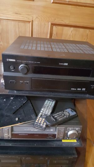 YAMAHA RX-V1400 Home Stereo Receiver for Sale in Rowlett, TX