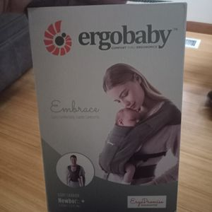 New Baby Carrier- ergobaby for Sale in Seattle, WA