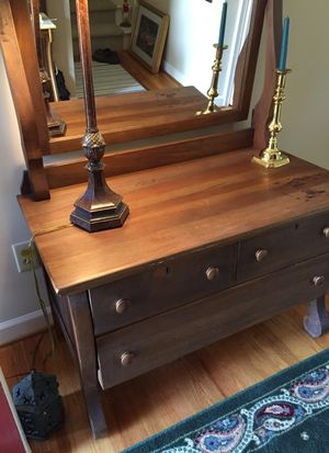 Antique Dresser for Sale in Woodruff, SC
