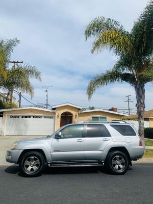 Toyota 4 runner Limite 2004 for Sale in South Gate, CA