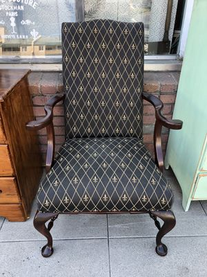 Vintage Queen Anne Chair for Sale in San Diego, CA