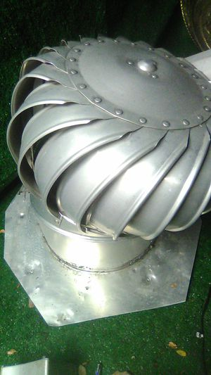 18 in WHIRLYBIRD GALVANIZED ROOF VENT for Sale in Shadow Hills, CA