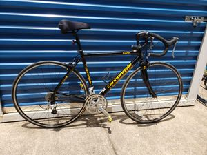 Road bike cannondale r400 for Sale in Richardson, TX