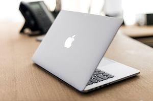 Apple MacBook 256gb/8gb Core M3 12inch for Sale in Tyler, AL