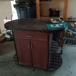 Patio/Pool Counter For Umbrella- Blender!$75 Today Deliver for Sale in Henderson, NV