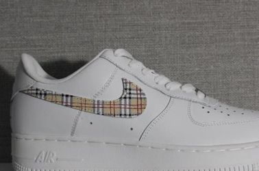 burberry custom af1 for Sale in Citrus Heights,  CA