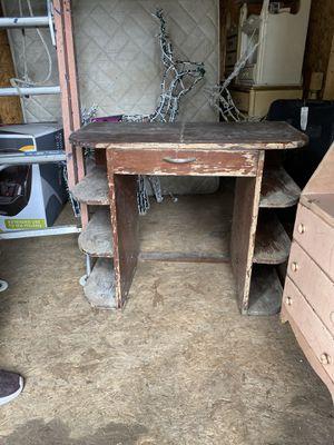Antique desk for Sale in Bonney Lake, WA