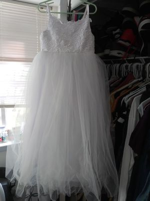 flower girl dress size 6 for Sale in Oxon Hill, MD