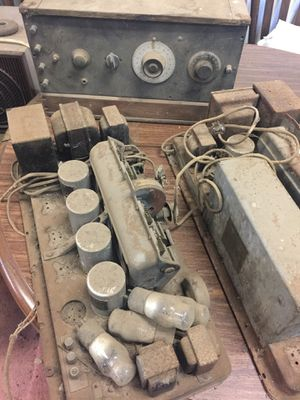 Antique radio and parts for Sale in Oregon City, OR