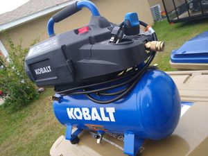 AIR COMPRESSOR 3 GALLONS NEW $100!! for Sale in Kissimmee, FL