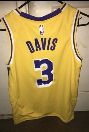Anthony Davis Jersey LARGE for Sale in Los Angeles, CA