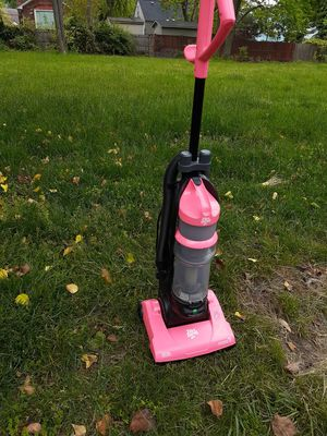 Vacuum dirt power good works for Sale in UNIVERSITY PA, MD
