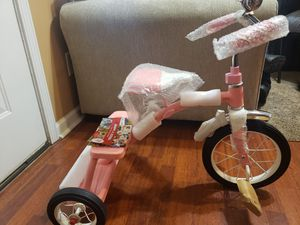 Radio flyer pink duel deck tricycle 12in for Sale in La Vergne, TN