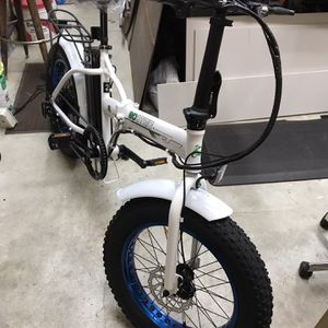 Christmas Is On It's Way Fast ! Give A Gift Of Ebikes for Sale in Redmond, WA