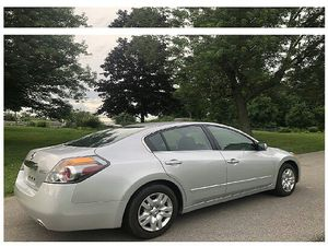 2011 nissan altima 2.5l for Sale in Reed City, MI