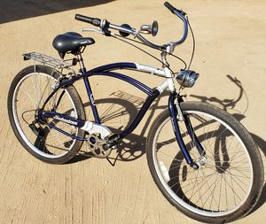 SCHWINN JAGUAR Authentic Schwinn Bike In Great Condition with Working Light, Horn, and Rear Rack 7-Speed beach Cruiser Great Condition Nice! for Sale in Lake Elsinore, CA
