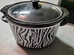 Crock pot slow cooker for Sale in Lake Worth, FL