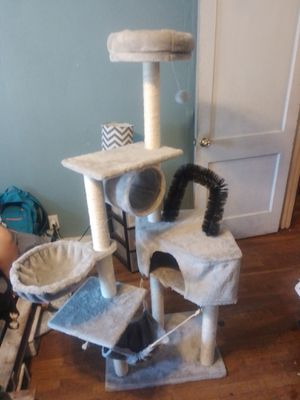 Cat tower for Sale in Victoria, TX
