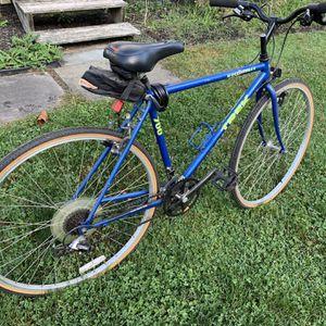 Trek 700 multi trek bike for Sale in UPR MAKEFIELD, PA