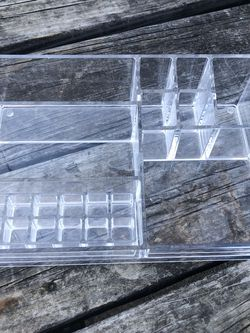 Acrylic Makeup Tray Organizer for Sale in Arlington,  TX