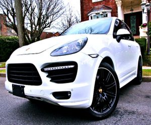 LIKE NEW TIRES 2O14 Porsche GTS for Sale in Leesburg,  VA