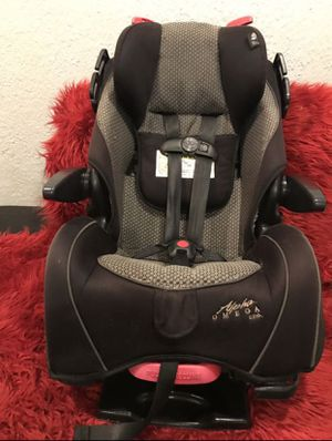 Alpha omega car seat for Sale in Riverside, CA