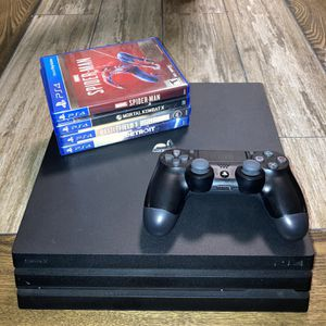 PS4 Pro for Sale in Doral, FL