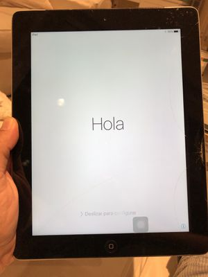IPad 2 ( 16GB) - cracked screen - no charger for Sale in Irvine, CA