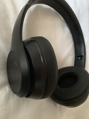 Beats Solo 3 Special Edition(Matt Black) Headphones for Sale in Alexandria, VA