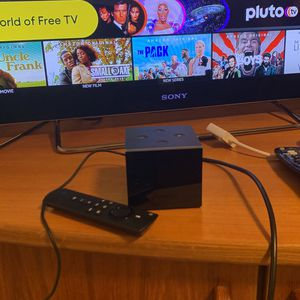 Amazon Fire Tv Cube With Remote And HDMI Cable for Sale in Burien, WA