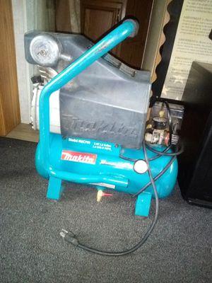 Makita Air Compressor for Sale in Kent, WA