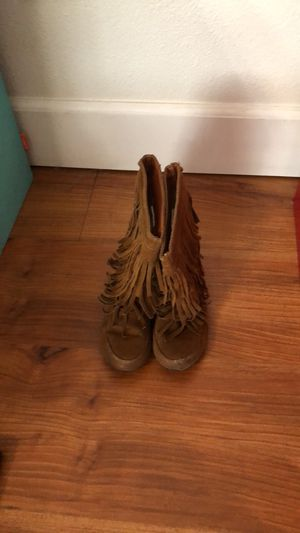 Fringe boots for Sale in Rohnert Park, CA