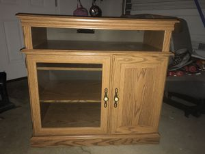 TV Stand/Media console for Sale in Columbus, OH