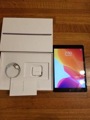 Ipad 7th generation 10.2-inch Wi-fi+Cellular 32GB for Sale in Los Angeles, CA