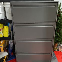Heavy Duty File Cabinet for Sale in Puyallup,  WA