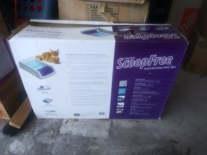 Scoop free litter box for Sale in Port St. Lucie, FL