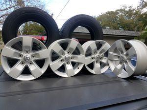 Dodge oem 17in rims for Sale in St. Petersburg, FL