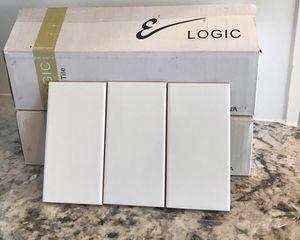 Tile backsplash 3x6 subway Total 19 sf/ almost 4 boxes White gloss for Sale in Auburn, WA