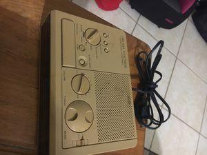 Vintage radio for Sale in Germantown, MD