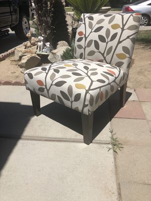 Brand new contemporary style accent chair. Retails for over $260 for Sale in Fowler, CA
