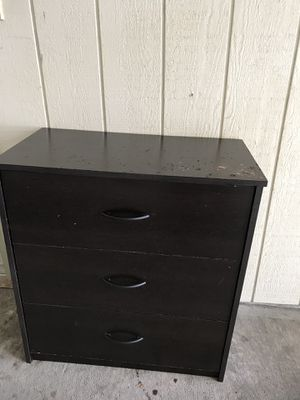 Small nightstand/dresser for Sale in Tacoma, WA