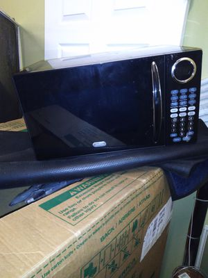 Sunbeam digital microwave for Sale in Binghamton, NY