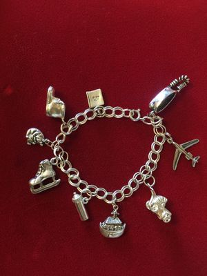 Bracelet for Sale in Des Moines, WA