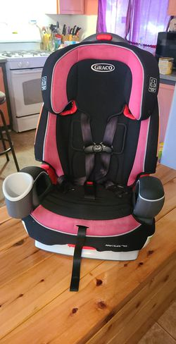 Graco 3 in 1 carseat for Sale in Hoxeyville,  MI