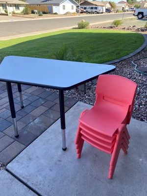Kids table and chairs for Sale in Glendale, AZ